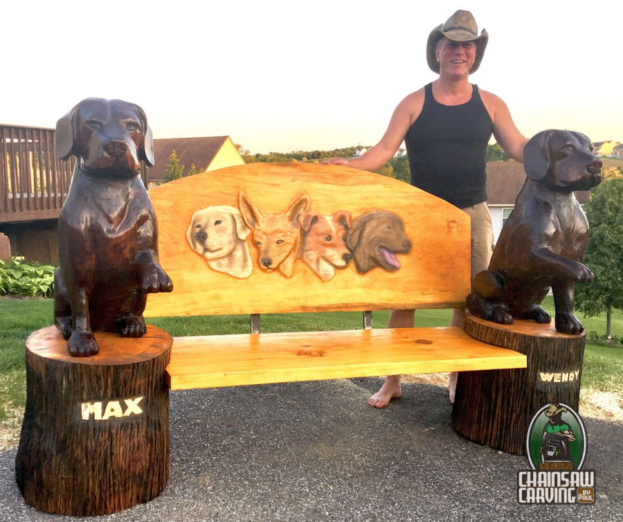 Chainsaw carving by paul dogs